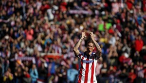 45,000 fans greeted Torres at his Atletico presentation